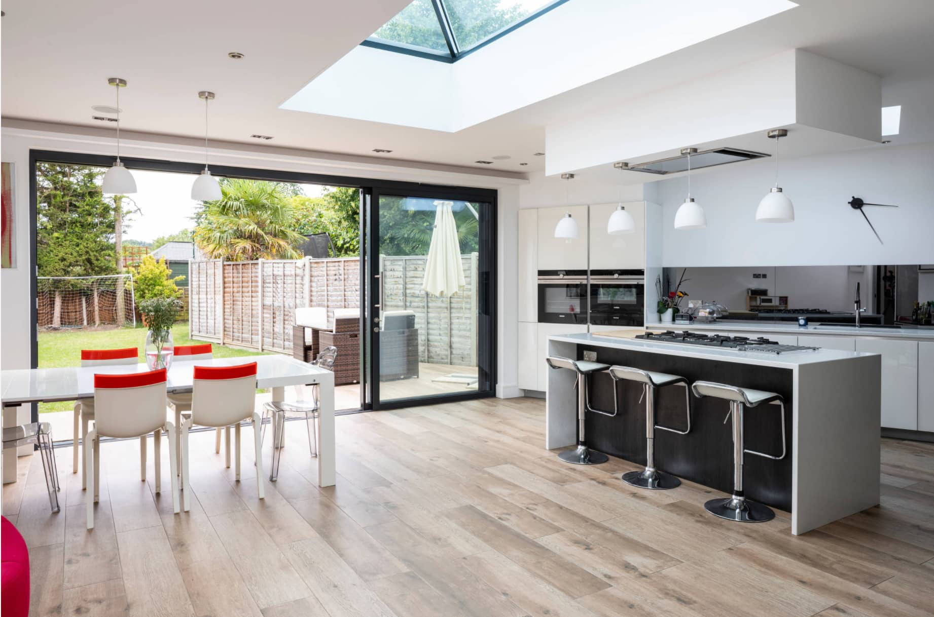 What do I need to know about high quality kitchen extensions in Reigate? Six top tips